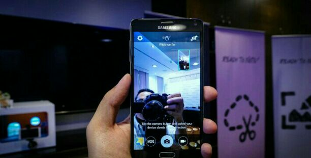 Galaxy note 4 front camera